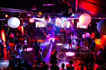 Roller Disco @ Renaissance Rooms